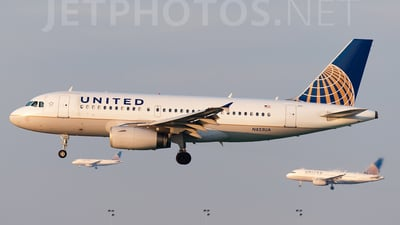 N853UA - Airbus A319-131 - United Airlines