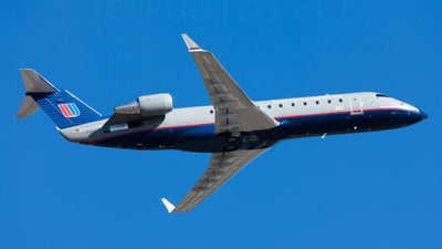 N946SW - Bombardier CRJ-200ER - United Express (SkyWest Airlines)