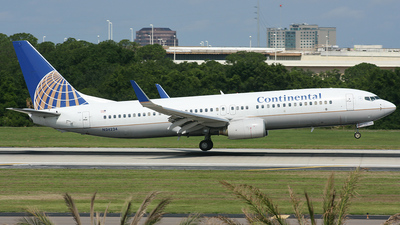 N24224 - Boeing 737-824 - Continental Airlines