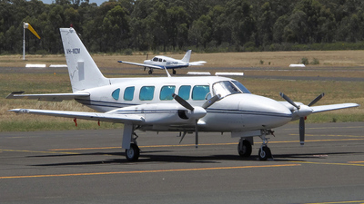VH-MZM - Piper PA-31-350 Chieftain - Private