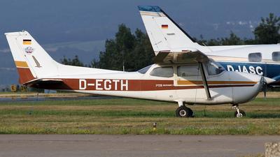 A picture of DEGTH - Cessna F172N Skyhawk II - [1516] - © Tom Mousel