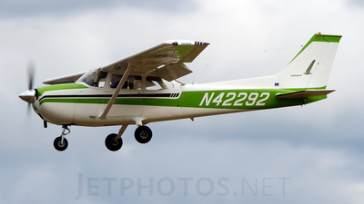 N42292 - Cessna 172M Skyhawk II - Private