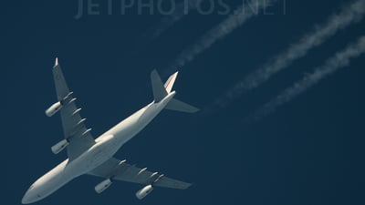 081 - Airbus A340-211 - France - Air Force