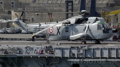 IN535 - Sikorsky UH-3H Sea King - India - Navy