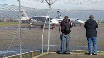 LIMP - Airport - Spotting Location