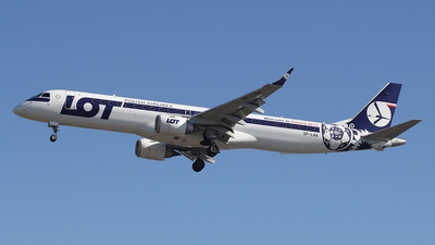 SP-LNA - Embraer 190-200LR - LOT Polish Airlines