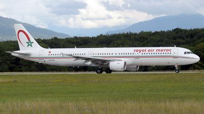 CN-RNX - Airbus A321-211 - Royal Air Maroc (RAM)
