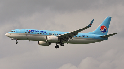 HL7758 - Boeing 737-86N - Korean Air