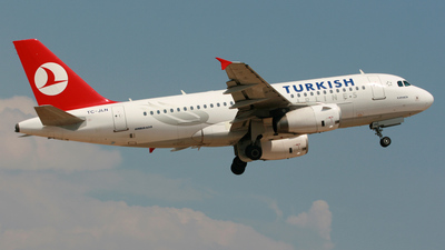 TC-JLN - Airbus A319-132 - Turkish Airlines