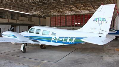 PT-LKX - Embraer EMB-810C Seneca II - Skydive Aircraft
