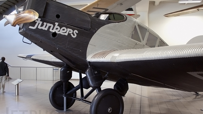 D-366 - Junkers F-13 - Untitled