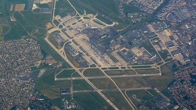 LFPO - Airport - Airport Overview