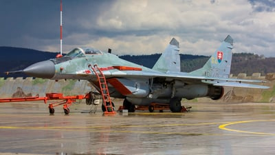 6728 - Mikoyan-Gurevich MiG-29AS Fulcrum - Slovakia - Air Force
