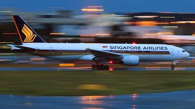 9V-SQN - Boeing 777-212(ER) - Singapore Airlines