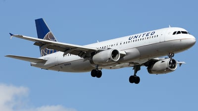 N494UA - Airbus A320-232 - United Airlines