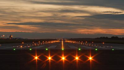 LHBP - Airport - Runway