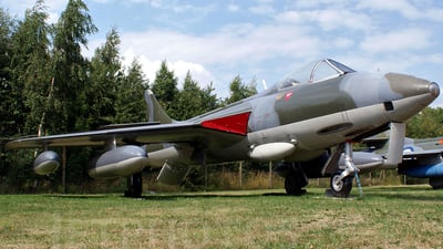 XJ714 - Hawker Hunter FR.10 - United Kingdom - Royal Air Force (RAF)