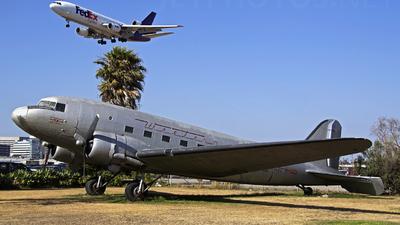 N19915 - Douglas DC-3C - Western Airlines