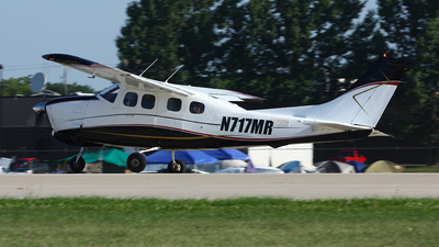 A picture of N717MR - Cessna P210N Pressurized Centurion - [P21000601] - © Paul Chandler
