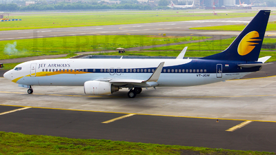 VT-JGW - Boeing 737-85R - Jet Airways
