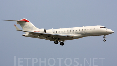 M-GYQM - Bombardier BD-700-1A10 Global Express XRS - Private