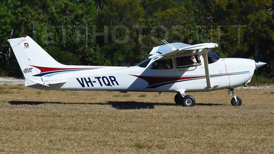 VH-TQR - Cessna 172S Skyhawk SP - Private