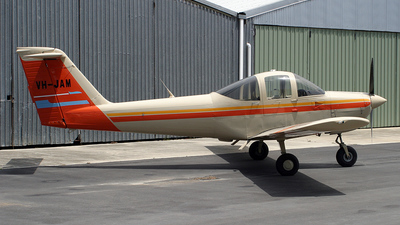 VH-JAM - Piper PA-38-112 Tomahawk II - Private