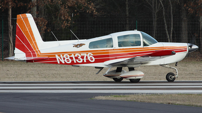 A picture of N81376 - Grumman American AA5B - [AA5B0515] - © Bruce Leibowitz