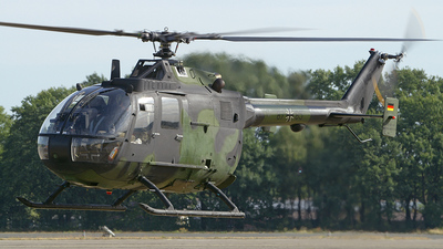87-85 - MBB Bo105P1 - Germany - Army