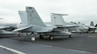 164646 - McDonnell Douglas F/A-18C Hornet - United States - US Navy (USN)
