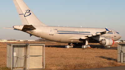 F-HBOY - Airbus A310-325 - Blue Line