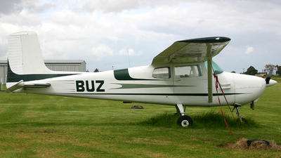 ZK-BUZ - Cessna 172 Skyhawk - Private