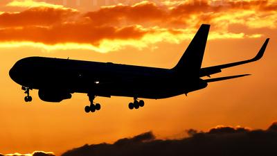 N354AA - Boeing 767-323(ER) - American Airlines
