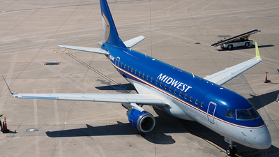 N824MD - Embraer 170-100SU - Midwest Airlines (Republic Airlines)