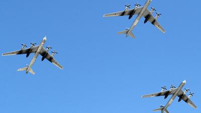 RF-94121 - Tupolev Tu-95 Bear - Russia - Air Force