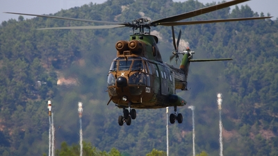 1662 - Aérospatiale SA 330B Puma - France - Army