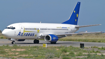 G-STRA - Boeing 737-3S3 - Astraeus Airlines