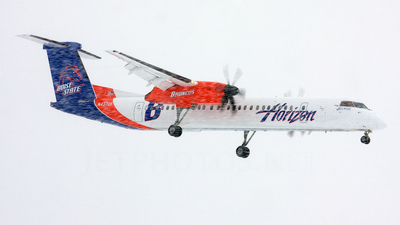 N437QX - Bombardier Dash 8-Q402 - Horizon Air
