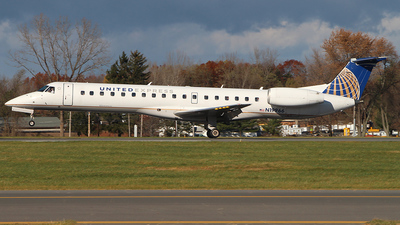 N19966 - Embraer ERJ-145LR - United Express (ExpressJet Airlines)
