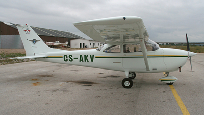 CS-AKV - Cessna 172G Skyhawk - Private