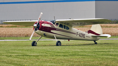 F-AZRE - Cessna 195B - Private