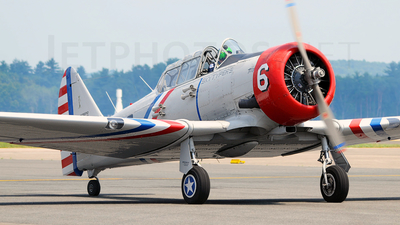 N62382 - North American SNJ-2 Texan - Private