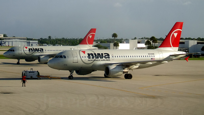 N314NB - Airbus A319-114 - Northwest Airlines