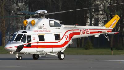 0915 - PZL-Swidnik W3 Sokol - Poland - Air Force