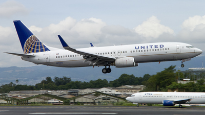 N12216 - Boeing 737-824 - United Airlines (Continental Airlines)