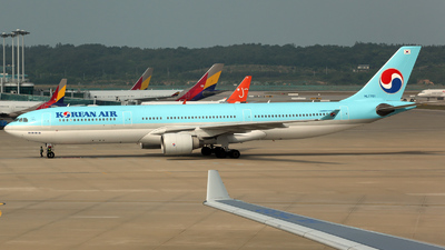 HL7701 - Airbus A330-323 - Korean Air