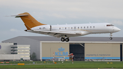 HB-JFB - Bombardier BD-700-1A11 Global 5000 - Nomad Aviation
