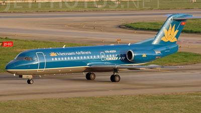 VN-A504 - Fokker 70 - Vietnam Airlines