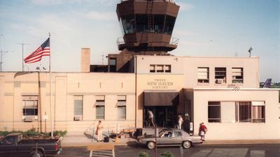 KHVN - Airport - Terminal