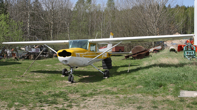 SP-KOE - Cessna 152 - Private